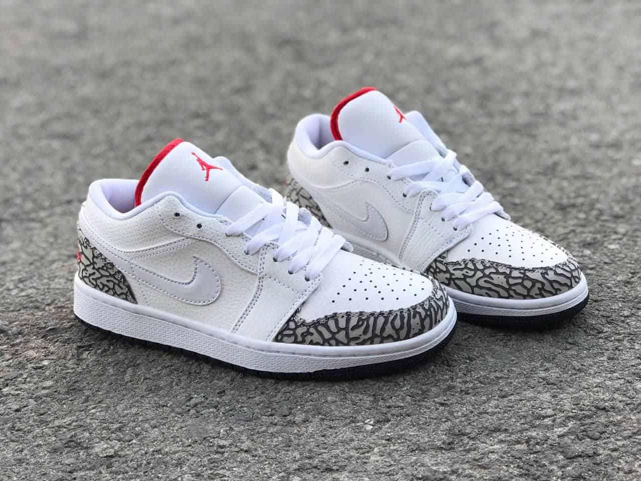 Air Jordan 1 Retro Low