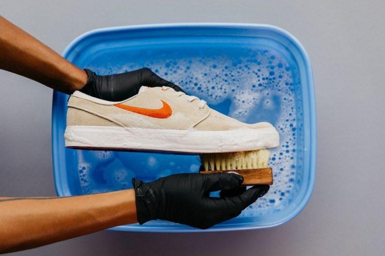 Cách giặt giày Sneaker ngay tại nhà – hướng dẫn chi tiết