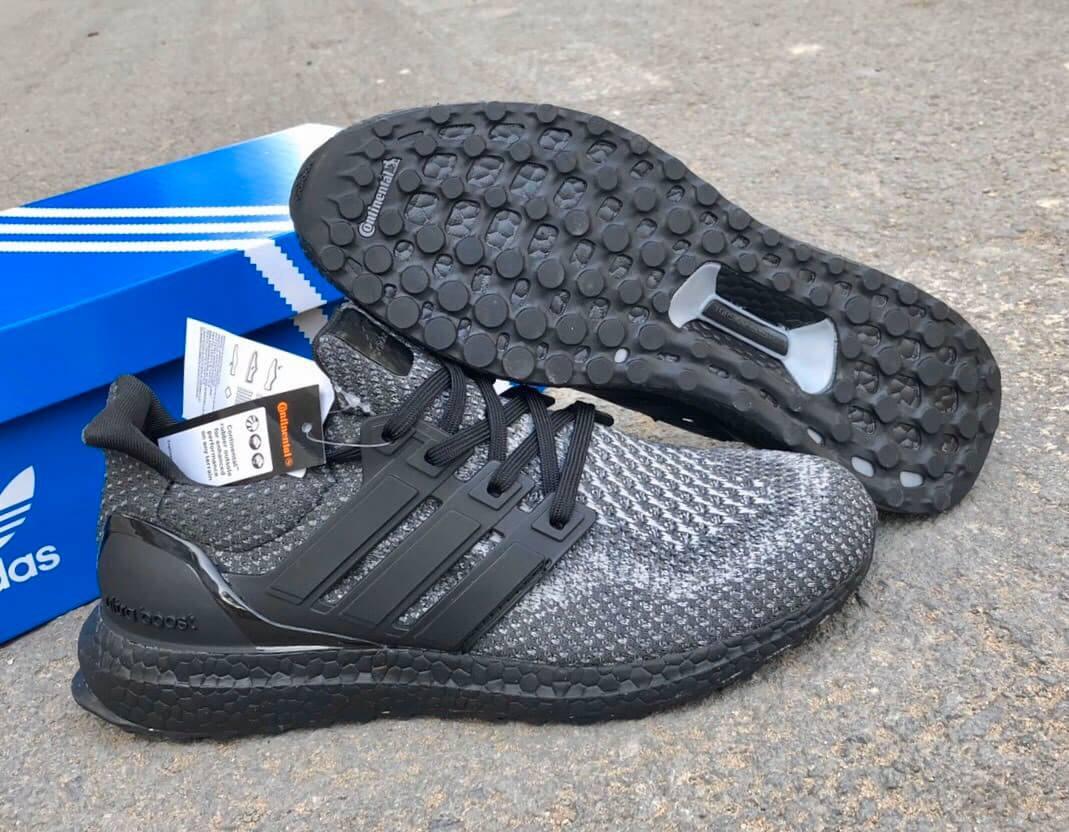 Adidas UltraBoost 4.0