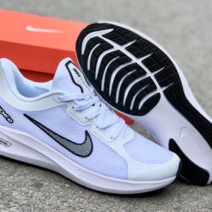 Nike Winflo 8