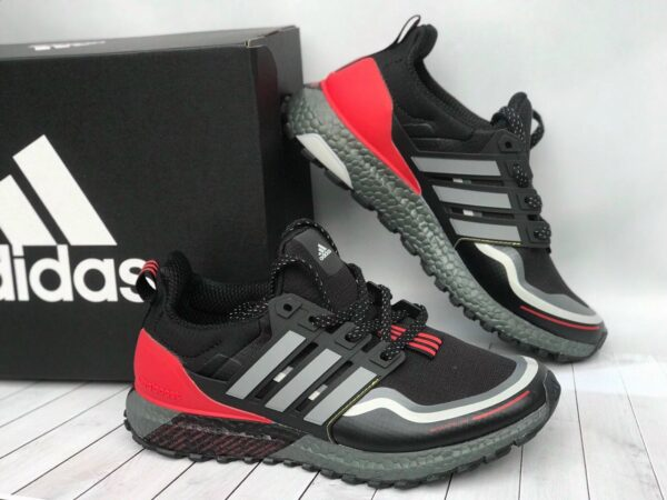 Adidas UltraBoost Black/Red