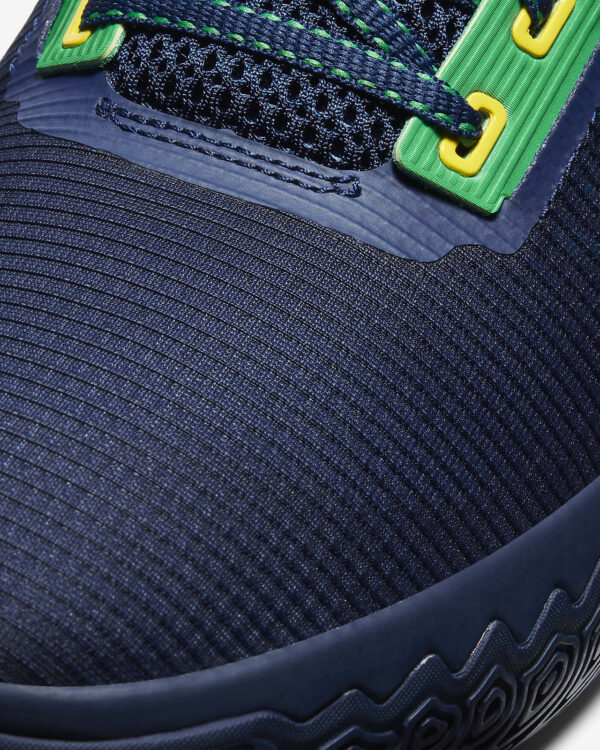 Nike Kyrie Flytrap 4 Bassketball