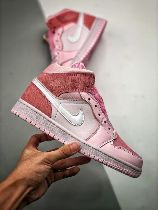 Nike Air Jordan 1 Mid Digital Pink