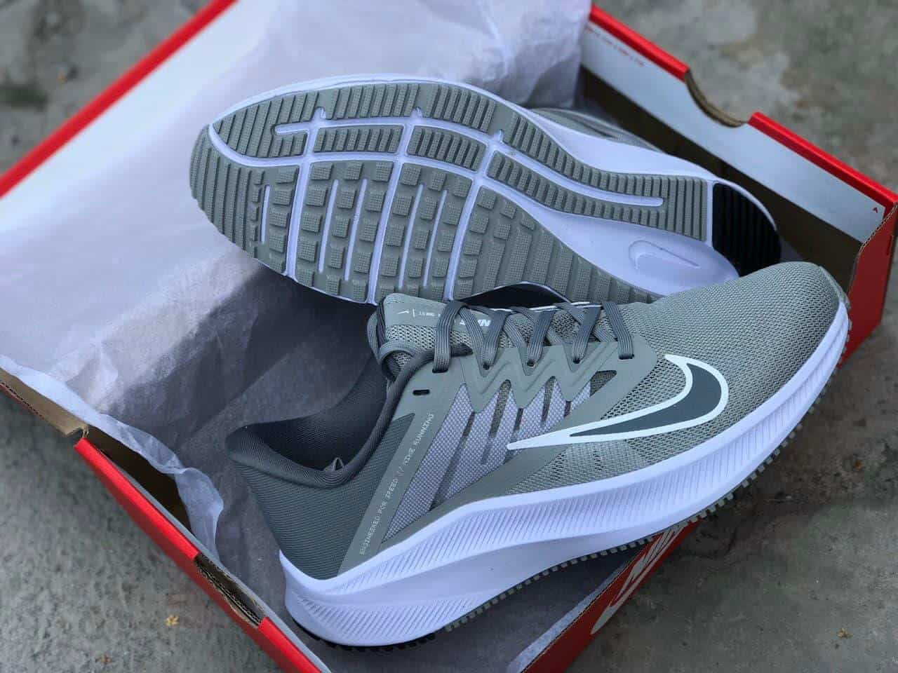 Nike Quest V3