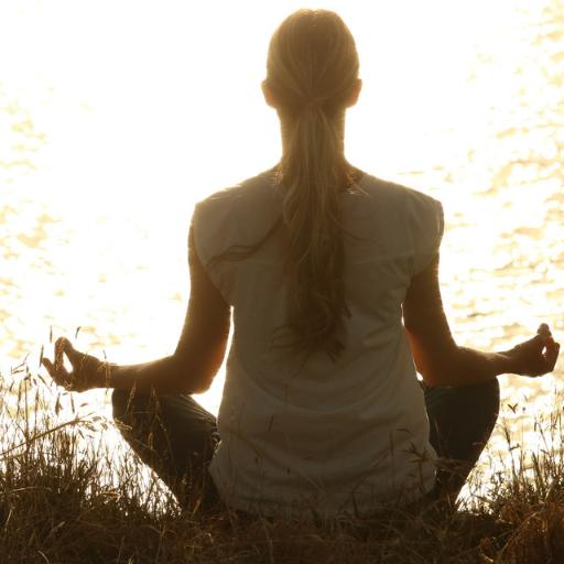 Hướng Dẫn Chăm Sóc Bản Thân Khi Bạn Đang Stress
