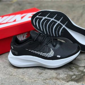 Nike Winflo 7 Black